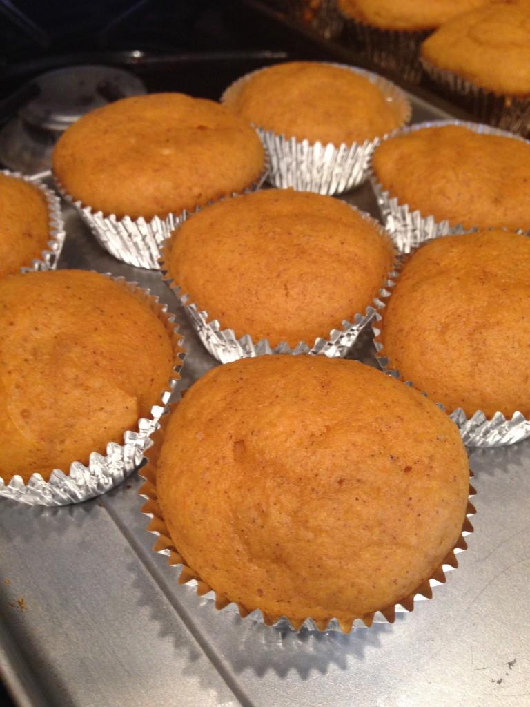 Mini Pumpkin Cupcakes | J'ai La Vie